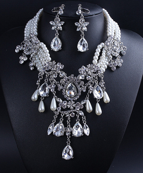 Necklace Crystal Marella
